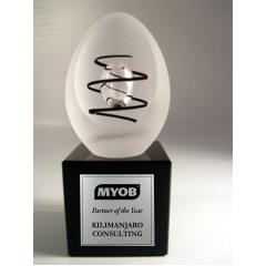 Rikaro Collectable Handmade Crystal Egg