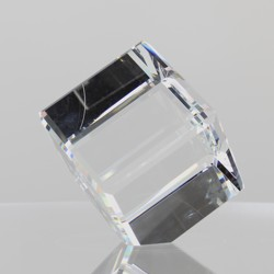 Rikaro Crystal Bevelled Cubes 90mm